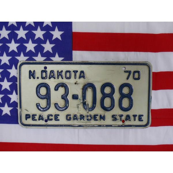 Americká spz North Dakota 93088