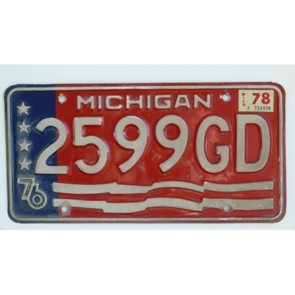 Americká SPZ Michigan pár