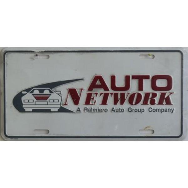 Americká reklamní SPZ prodejců automobilů